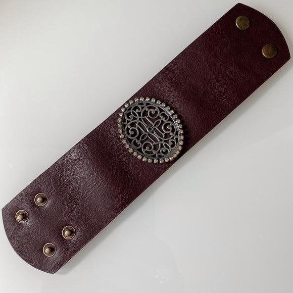 NWOT | Liz Paiacios SF |  Brown Leather Bracelet